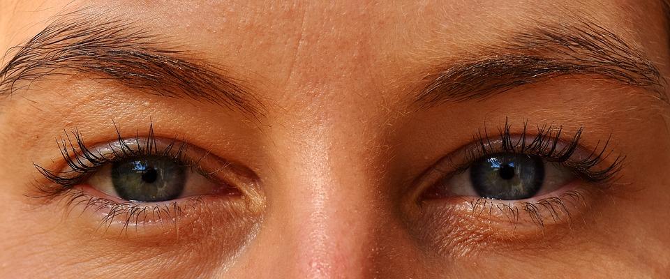 Kas mediteerida kinniste või lahtiste silmadega, vaata Materjalide alt.
